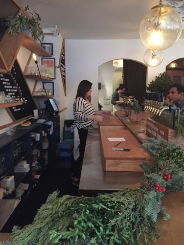 Lois wine bar